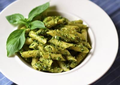 Penne with basil pesto